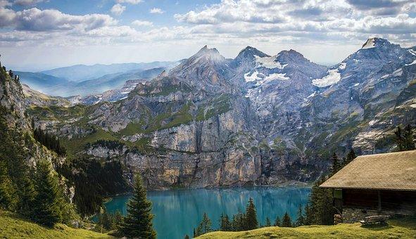 mountains-1645078__340