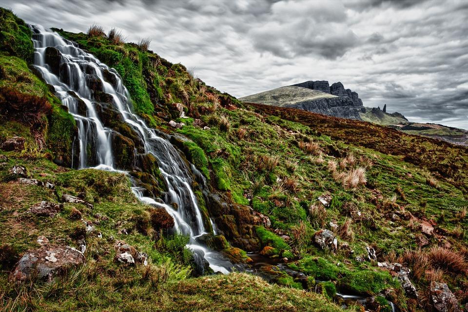 waterfall-192984_960_720